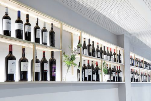 proyectos Actualización interiorismo reforma restaurante tradicional centro histórico | Perspectiva Moma